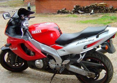 recovering Yamaha seat
