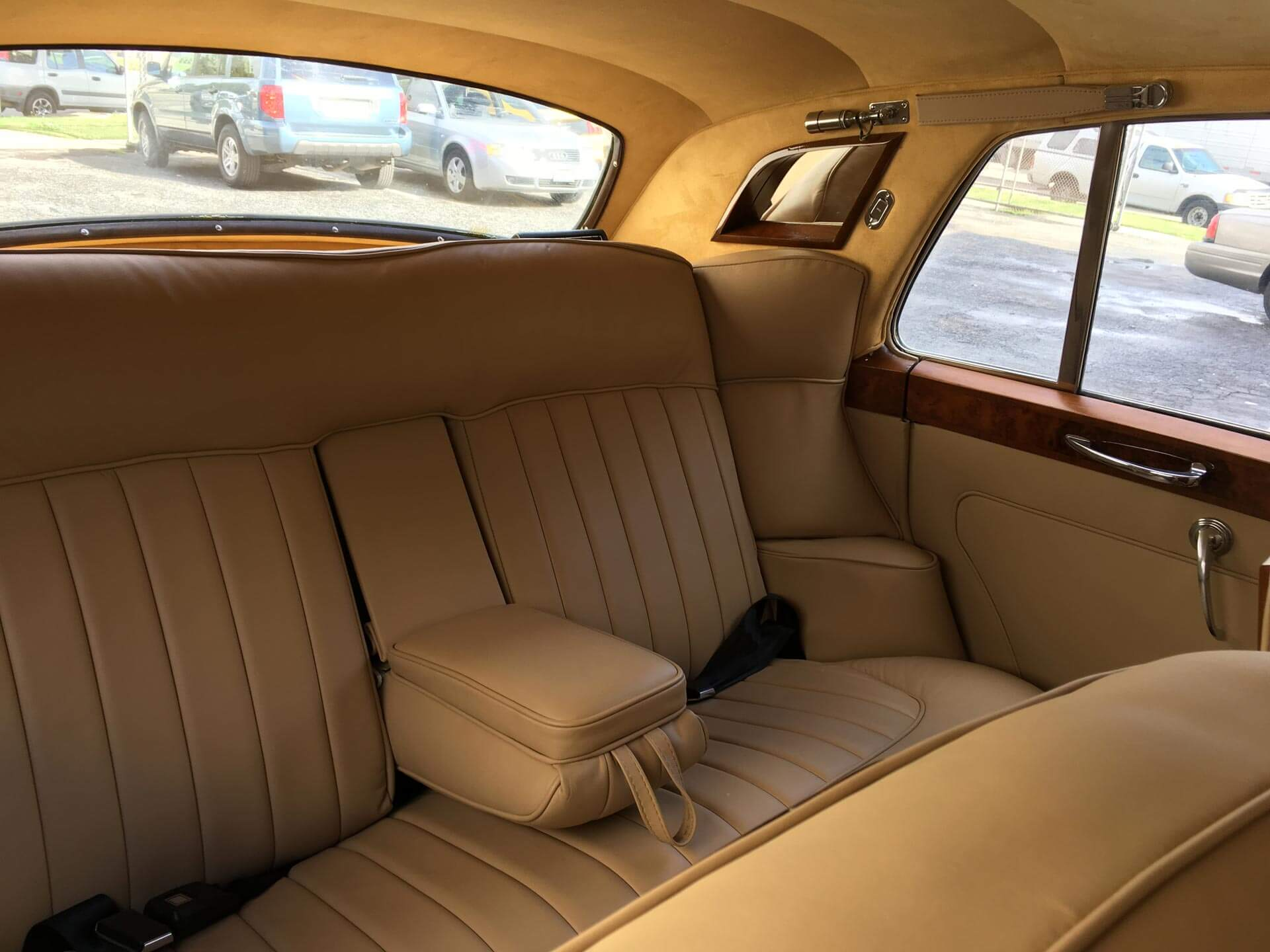 Car interior restoration in Los Angeles | Best Way